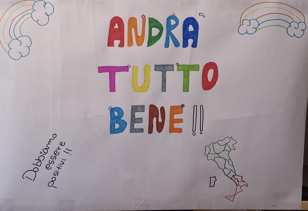 il cartellone di Alessia per il flashmob sonoro ai tempi del coronavirus nel condominio di via Tripoli